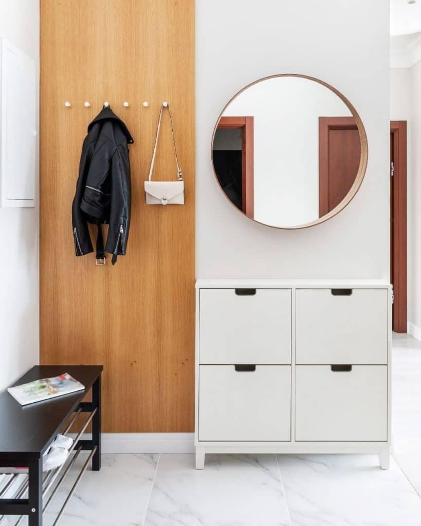 Mały korytarz - jak optycznie go powiększyć?