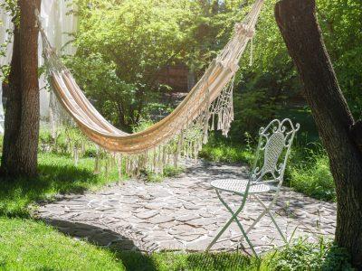 Pleciona huśtawka ogrodowa - hit tego sezonu!