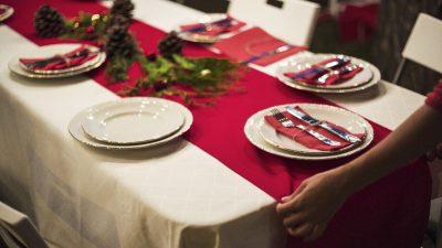 Jak udekorować stół na święta Bożego Narodzenia?