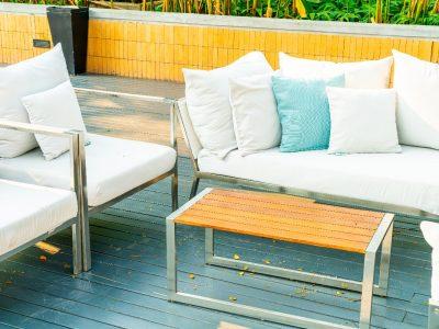 Jak dbać o meble ogrodowe zimą?