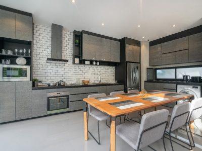 Oświetlenie salonu z aneksem kuchennym - inspiracje