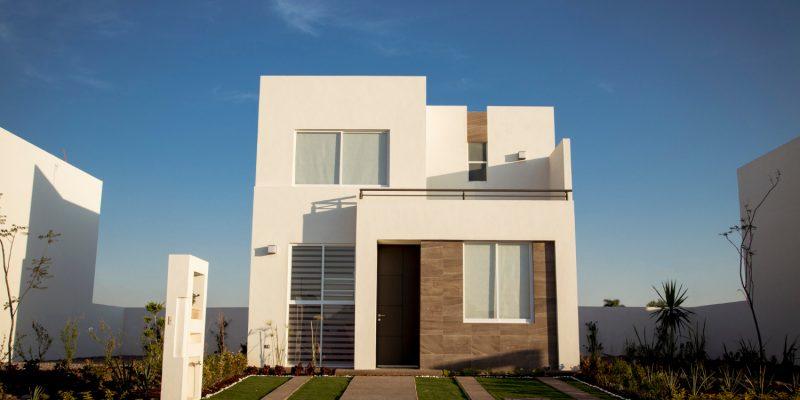 Jak zaprojektować wejście do domu? Pomysły na aranżację