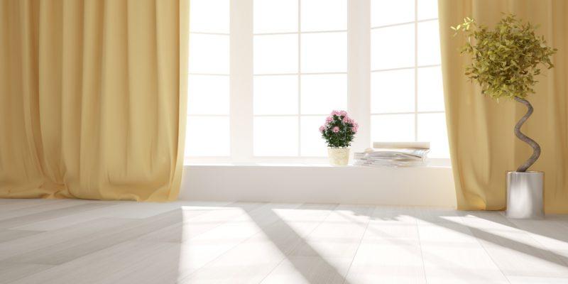 Wiosenne dekoracje na okno - sprytne pomysły