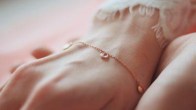 5 nieoczywistych sposobów na przechowywanie biżuterii