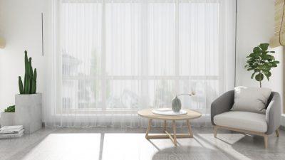 Czym przełamać białe ściany i meble? 6 trików